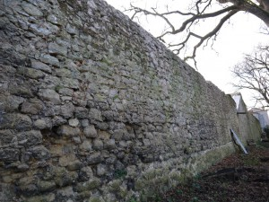 Mur d'enceinte après nettoyage